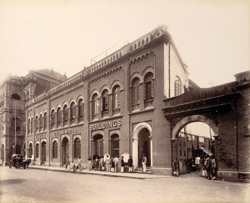 ['Times of India'] Building, corner of Elphinstone Cir. - 1880 - Genl. Nassau Lees, Proprietor.